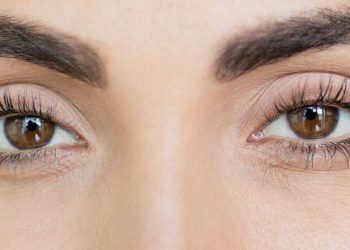 How Long Does it Take for an Eyelash Serum to Work?